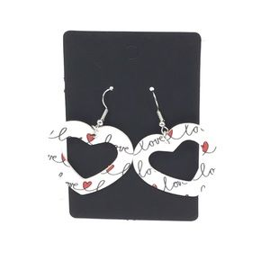 New boutique cut out heart Valentine's earrings